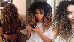 Evde 5 Dakikada Doğal Kıvırcık Saç Modeli