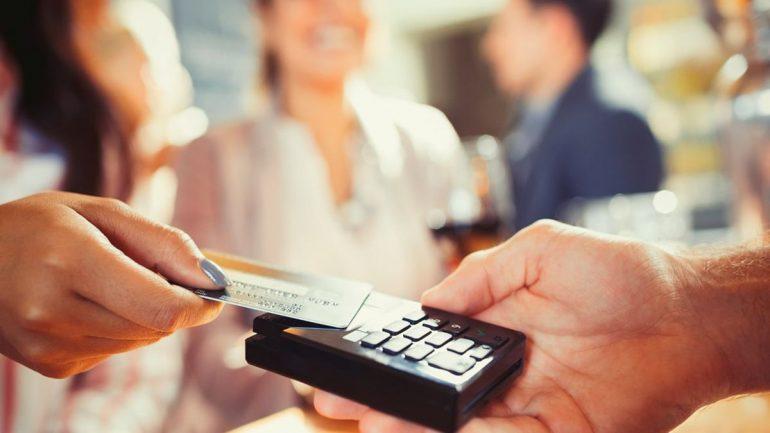 Kredi Kartı ve Banka Kartı Arasındaki Fark Nedir?