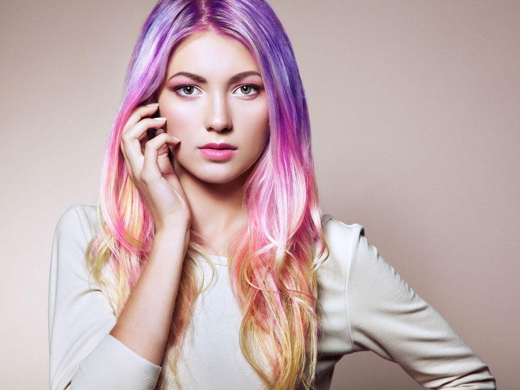 Saç Modelleri Kıvırcık