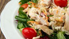 Kalorisi Düşük Tavuklu Diyet Salata Tarifi